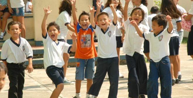 ESTE LUNES INICIAN CLASES 25.6 MILLONES DE ESTUDIANTES DE EDUCACIÓN BÁSICA