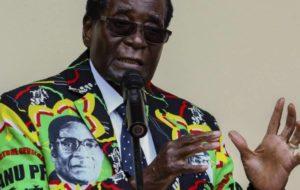 MUGABE SE NIEGA A RENUNCIAR A LA PRESIDENCIA DE ZIMBABUE