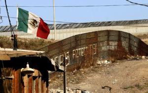 CAEN ARRESTOS EN FRONTERA MÉXICO-EEUU A SU NIVEL MÁS BAJO EN 46 AÑOS