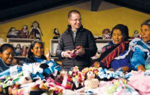 Prioridad nacional, mejorar condiciones de comunidades serranas: Anaya