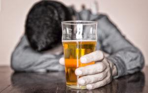200 MIL QUERETANOS PRESENTAN UN PROBLEMA GRAVE EN EL CONSUMO DE ALCOHOL.