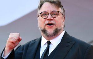 ¡Orgullo mexicano! Guillermo del Toro gana el Globo de Oro a mejor director por 'The Shape Of Water'