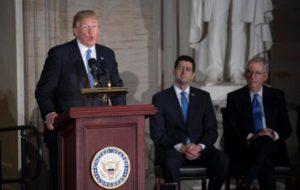 Necesitamos muro con México, el país más peligroso del mundo, afirma Trump